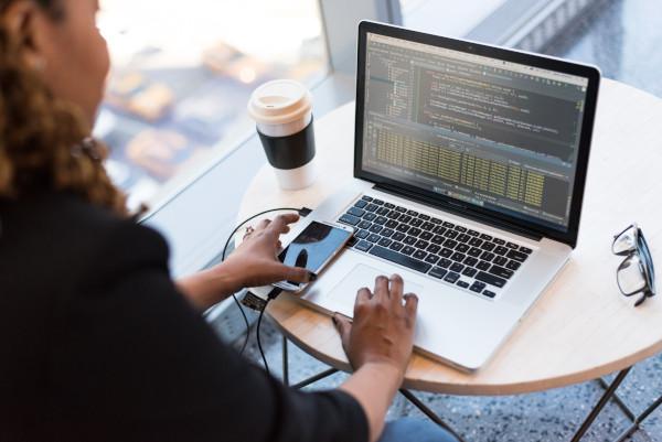 software developer optimizing website for seo